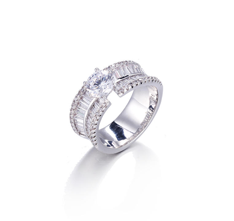 stone ring baguette jewelry row Kirin Jewelry