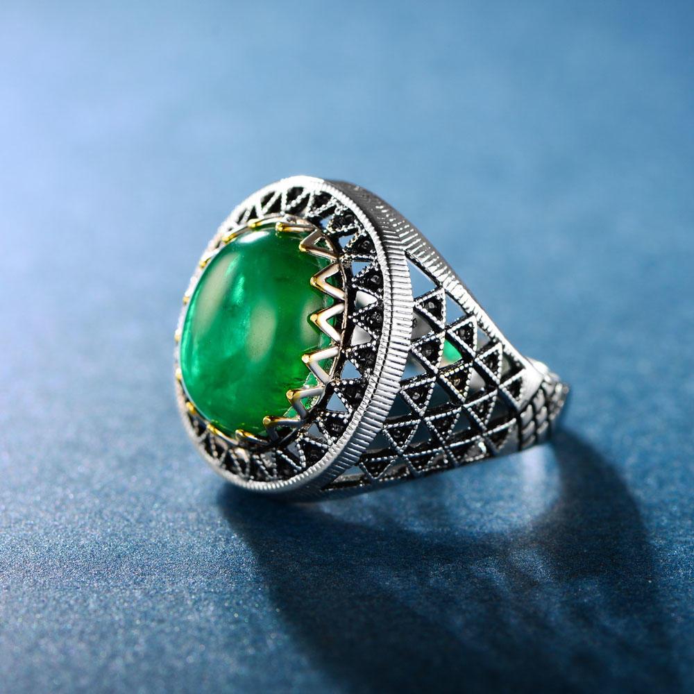 Creative Emerald Ring for Men Women 106620
