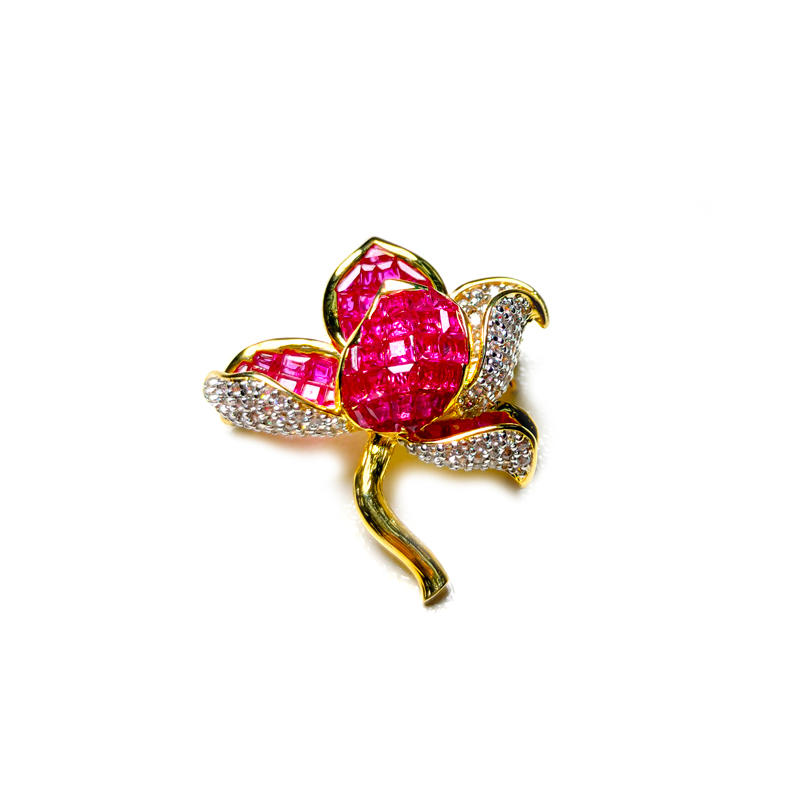 Customized Flower Invisible Setting Item 925 Sterling Silver Ruby CZ Brooch for Woman 40383 From China