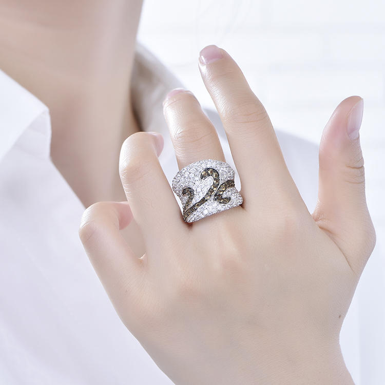 Dubai Royal Noble Breeze 925 Silver Thick Zircon Ring