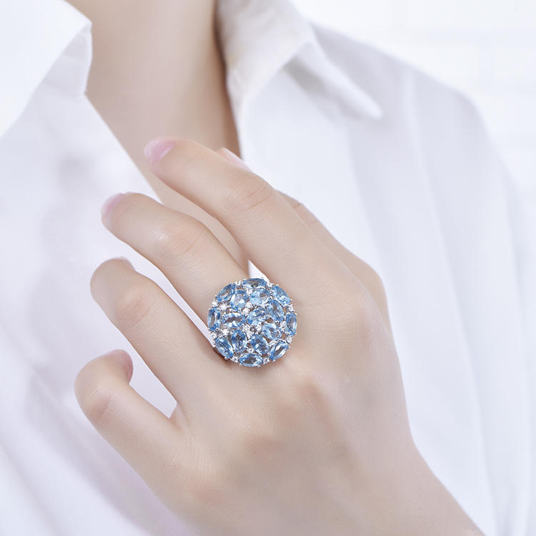 Customized Large Oval Sparkling Blue Crystal Ring