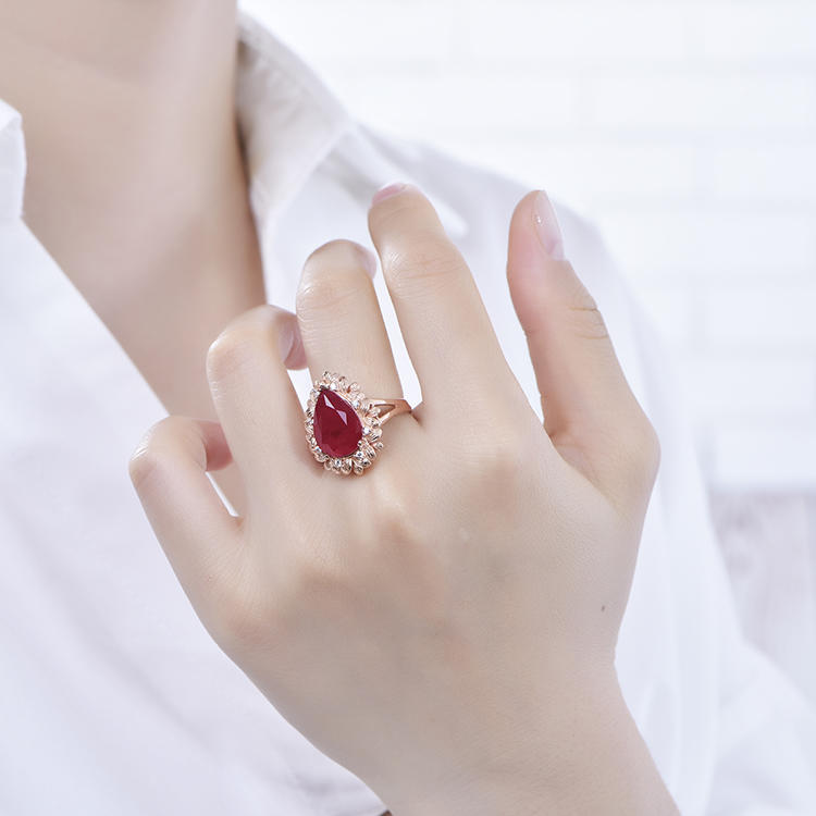 Hot Sale 925 Sterling Silver Rings Retro Red Gem Water Drop Ring